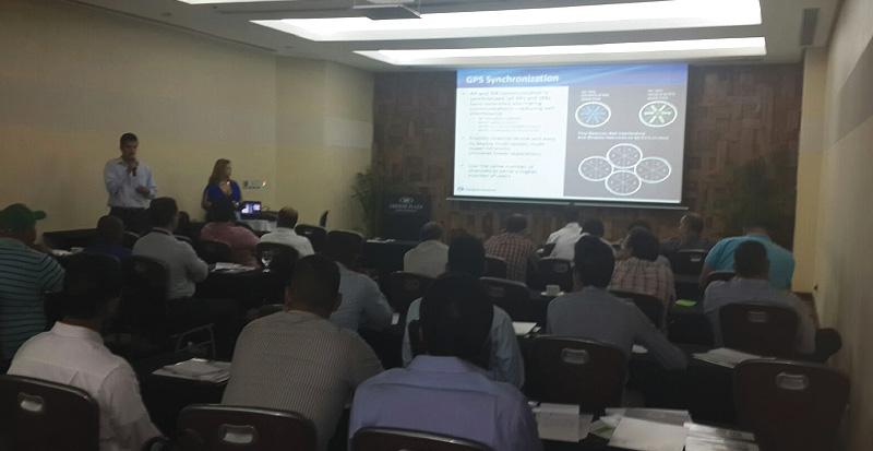 Exitosa presentacion de Solution Box en hotel Crowne Plaza de Santo Domingo 3
