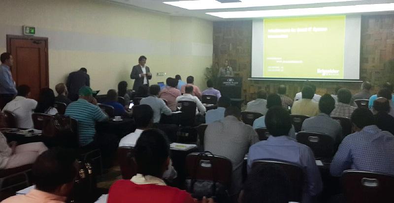 Exitosa presentacion de Solution Box en hotel Crowne Plaza de Santo Domingo 4