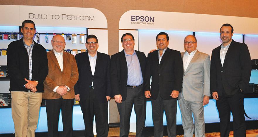 Altos Directivos de Epson presentaron en CES lo que vendra para 2016