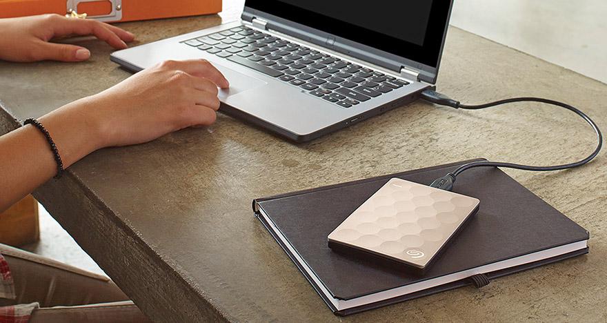 Seagate lanza BackUp Plus Ultra Slim el disco duro portable de 2 TB mas delgado del mundo 3