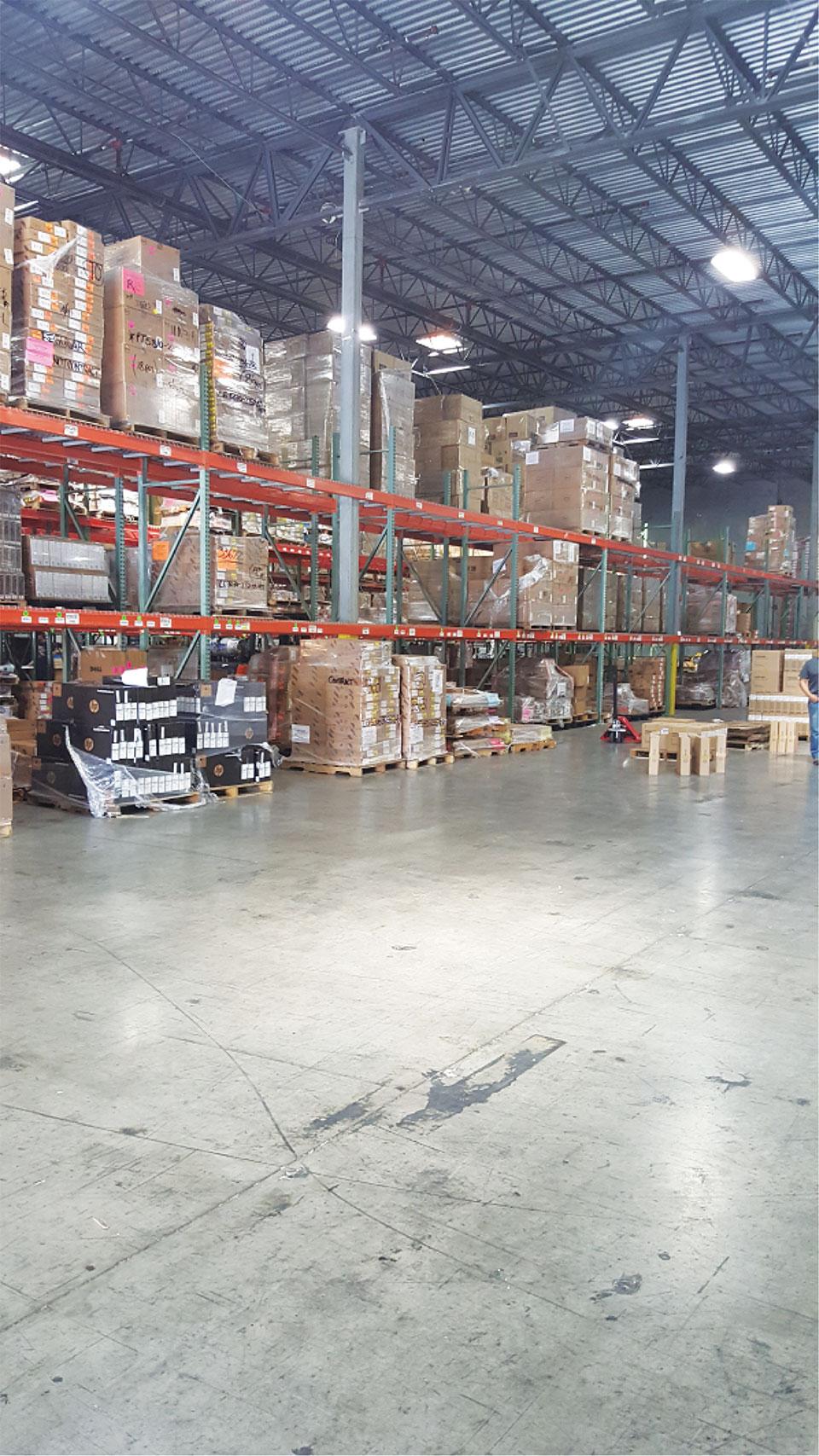 laptopplaza-warehouse