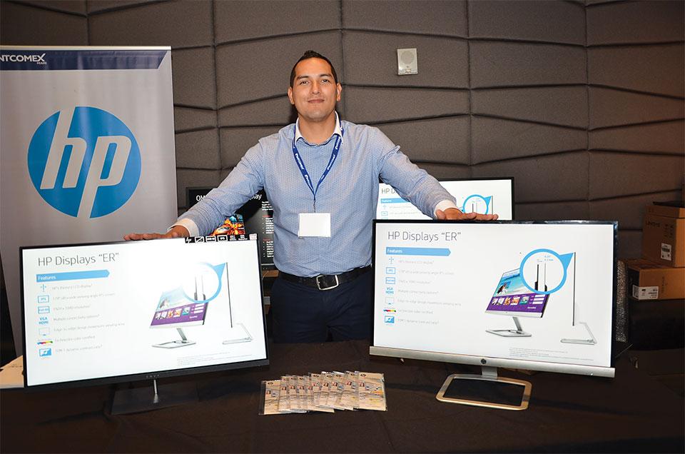 En el marco de Intcomex 2017 Stategic Carribean Summit hablamos con Efrén Carrizales, Consumer Displays Manager de HP